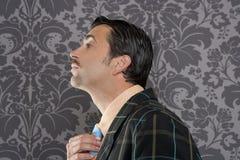 Retrato retro do perfil do homem de negócios do vintage do lerdo fotos de stock