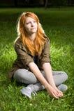Retrato romántico de una muchacha joven del redhead. Imagen de archivo
