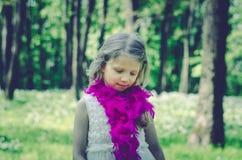 Retrato rubio precioso de la muchacha Foto de archivo