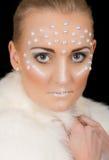 Retrato rubio precioso de la mujer con maquillaje creativo Fotografía de archivo