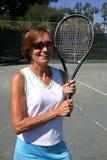 Retrato sênior do jogador de ténis Fotografia de Stock Royalty Free