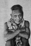 Retrato sincero viejo asiático del hombre mayor Imágenes de archivo libres de regalías
