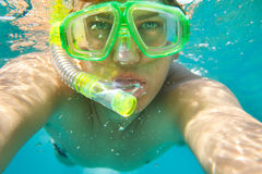 Retrato snorkeling do homem Fotos de Stock Royalty Free