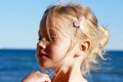 Retrato soñador de la muchacha Fotografía de archivo libre de regalías