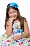 Retrato sonriente del estudio de la chica joven Foto de archivo libre de regalías