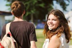 Retrato sonriente feliz del adolescente Foto de archivo