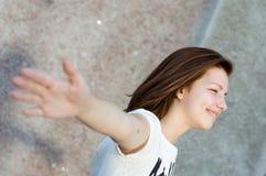 Retrato sonriente feliz joven del adolescente Fotos de archivo