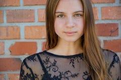 Retrato tranquilo de la muchacha del adolescente Fotografía de archivo libre de regalías