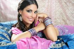 Retrato trigueno indio hermoso de la mujer Fotos de archivo libres de regalías
