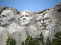 Retratos de presidentes en la roca Imagen de archivo libre de regalías