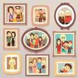 Retratos de sorriso da foto da família grande nos quadros na ilustração do vetor da parede Fotografia de Stock