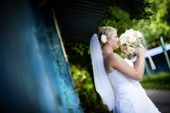 Retratos exteriores Wedding fotos de stock