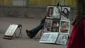 Retratos hermosos en la calle metrajes