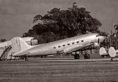Retro aeroplano DC-3 fotografia stock