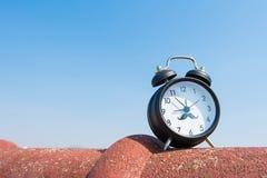 Retro- alam Uhr Lizenzfreies Stockfoto