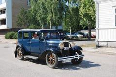 Retro auto Royalty-vrije Stock Afbeeldingen