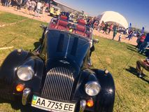 Retro auto Bentley royalty-vrije stock afbeeldingen