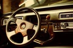 Retro- Auto der schönen Weinlese Lizenzfreie Stockfotos