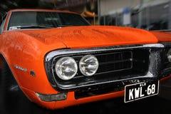 Retro auto. Pontiac. Coolyrotsen op Festival Royalty-vrije Stock Foto's