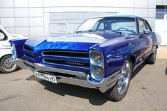 Retro auto show. Blue Pontiac Catalina  Royalty Free Stock Images