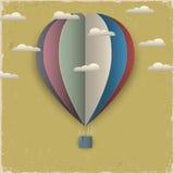 Retro balon od papieru gorące powietrze chmury i Fotografia Royalty Free