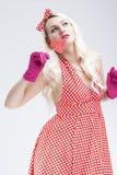 Retro begrepp för utvikningsbrud Drömma den blonda kvinnan för sinnlig utvikningsbrud med strömbrytare Arkivfoto