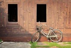 Retro bicykl zdjęcia royalty free