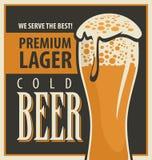 Retro- Bier Lizenzfreie Stockfotos
