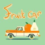 Retro bil med stora frukter Royaltyfria Bilder