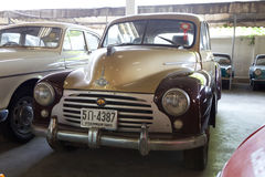 Retro bil, Morris Royaltyfria Bilder