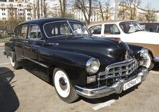 Retro bil Volga Arkivfoton