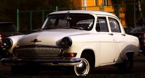 retro bilar Arkivfoton