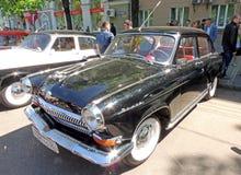 Retro bilar av 60-tal av USSR GAZ-21 Volga Royaltyfri Fotografi