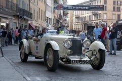Retro bilar Mille Miglia för berömt lopp arkivfoton