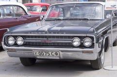 Retro bilOldsmobile 88 frigörare 1963 Royaltyfria Foton