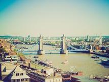 Retro blicktornbro London royaltyfria foton