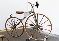 Retro Boneshaker bicykle Obraz Royalty Free