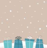 Retro bożych narodzeń snowing tło z prezentami Zdjęcia Stock