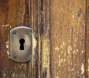 Retro buco della serratura su una porta Fotografia Stock Libera da Diritti