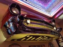 Retro- Café des Autos beleuchtet Partei Stockfotos