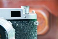 Retro camera en geval Stock Afbeelding