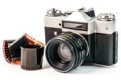 Retro camera van de filmfoto die op witte achtergrond wordt geïsoleerd Oud analogon royalty-vrije stock foto's