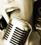 Retro cantante Fotografia Stock Libera da Diritti