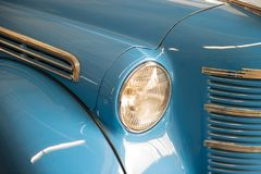 Free Retro Car Headlight From Old Vintage Auto Exhibition Royalty Free Stock Image - 165537706