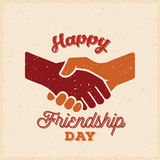 Retro carta di amicizia di vettore felice di giorno, manifesto o un modello del fondo Fotografia Stock