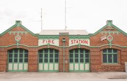Retro caserma dei pompieri Immagini Stock Libere da Diritti