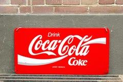 Retro coca-cola d'annata dell'insegna Fotografia Stock Libera da Diritti