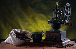 Retro coffee grinder Royalty Free Stock Photography