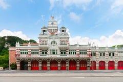 Retro costruzione d'annata della caserma dei pompieri Fotografie Stock Libere da Diritti