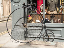 Retro cykel Royaltyfri Bild